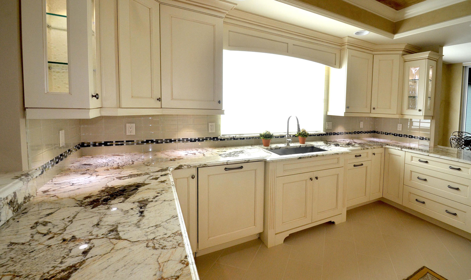 Kitchen Cabinets Naples